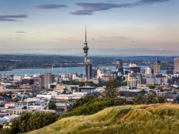 auckland-city-view_122035-1279